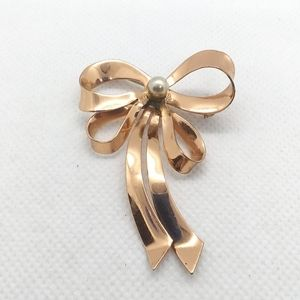 Vintage Rose Gold Plated Bow Brooch with Pearl